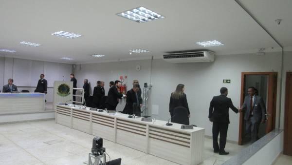 Homenagem aos 50 anos da Igreja Cristã Maranata na Câmara Municipal de Linhares (ES) - galerias/4540/thumbs/01camaralinhares.jpg