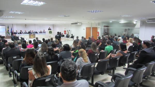 Homenagem aos 50 anos da Igreja Cristã Maranata na Câmara Municipal de Linhares (ES) - galerias/4540/thumbs/10.JPG