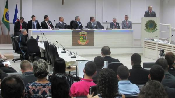 Homenagem aos 50 anos da Igreja Cristã Maranata na Câmara Municipal de Linhares (ES) - galerias/4540/thumbs/11camaralinhares.jpg