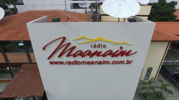 Aniversário de 06 anos da Rádio Maanaim - galerias/4542/thumbs/0106anosrm.jpeg