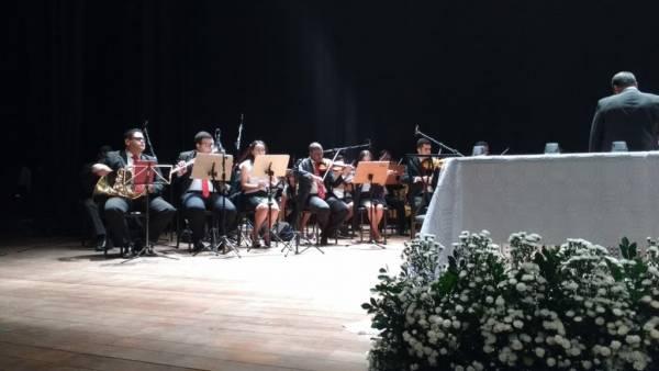 Homenagem aos 50 anos da Igreja Cristã Maranata é realizada pela Câmara Municipal de Ibité (MG) - galerias/4543/thumbs/03.jpg