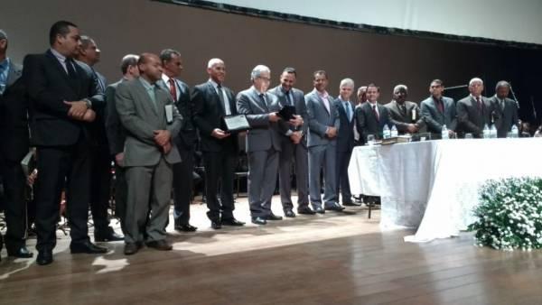 Homenagem aos 50 anos da Igreja Cristã Maranata é realizada pela Câmara Municipal de Ibité (MG) - galerias/4543/thumbs/08.jpg