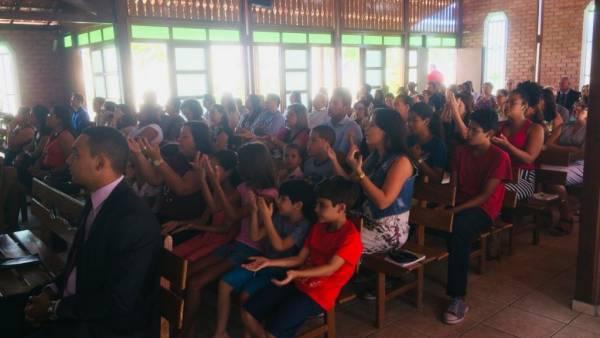 Ceia Mundial da Igreja Cristã Maranata: Participação das igrejas do Brasil - Parte I - galerias/4553/thumbs/007icmpetrolinacentro-pe.jpg