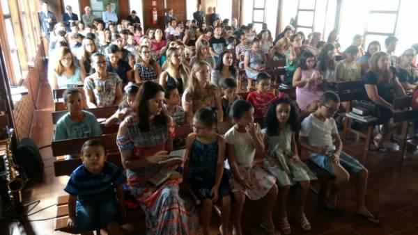 Ceia Mundial da Igreja Cristã Maranata: Participação das igrejas do Brasil - Parte I - galerias/4553/thumbs/036icmsãosilvano-colatinaes.jpg