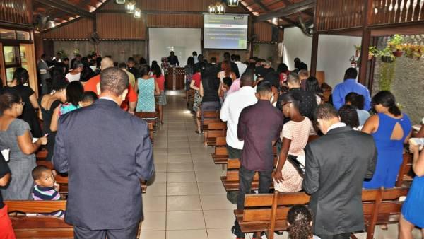 Ceia Mundial da Igreja Cristã Maranata: Participação das igrejas do Brasil - Parte I - galerias/4553/thumbs/043icmbalnearo-carapebusserraes.jpg