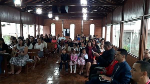 Ceia Mundial da Igreja Cristã Maranata: Participação das igrejas do Brasil - Parte I - galerias/4553/thumbs/095bairroindustrial-joãomonlevade-mg.jpg