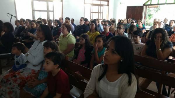 Ceia Mundial da Igreja Cristã Maranata: Participação das igrejas do Brasil - Parte I - galerias/4553/thumbs/110praidacostai-vilavelhaes.jpg