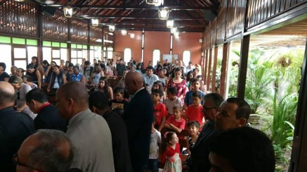 Ceia Mundial da Igreja Cristã Maranata: Participação das igrejas do Brasil - Parte II - galerias/4554/thumbs/164feiradesantana-ba.jpg