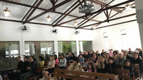 Ceia Mundial da Igreja Cristã Maranata: Participação das igrejas do Brasil - Parte II - galerias/4554/thumbs/225icmlondrinacentroeinterlagos-londrina-pa.jpg