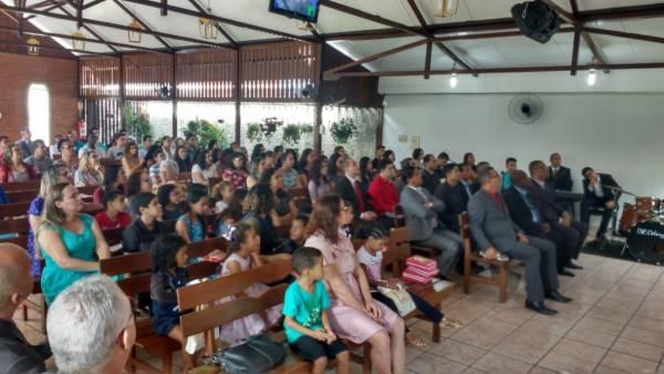 Ceia Mundial da Igreja Cristã Maranata: Participação das igrejas do Brasil - Parte II - galerias/4554/thumbs/277icmlagoadecarapebus-serraes.jpg