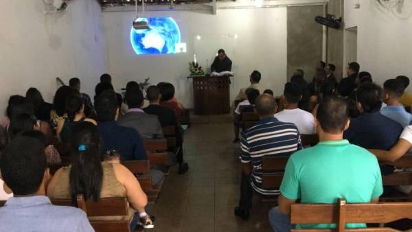 Ceia Mundial da Igreja Cristã Maranata: Participação das igrejas do Brasil - Parte II - galerias/4554/thumbs/287icmurbisii-itamarajuba.jpg