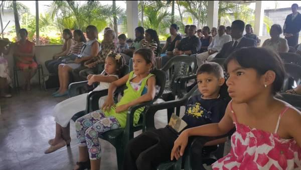 Ceia Mundial da Igreja Cristã Maranata - Participação das igrejas do Exterior - galerias/4555/thumbs/021guayabita-venezula21.jpeg