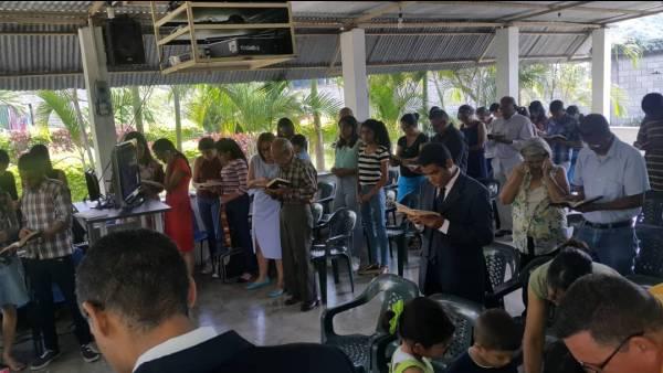 Ceia Mundial da Igreja Cristã Maranata - Participação das igrejas do Exterior - galerias/4555/thumbs/022guayabita-venezula22.jpeg
