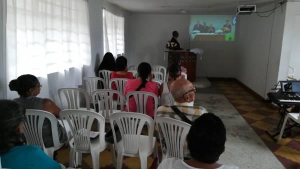 Ceia Mundial da Igreja Cristã Maranata - Participação das igrejas do Exterior - galerias/4555/thumbs/025medellin-colombia25.jpeg