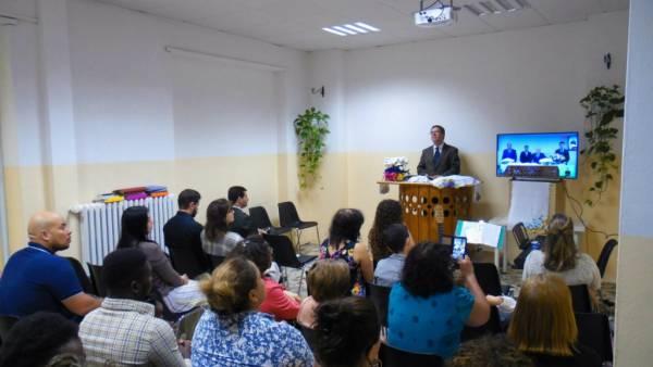 Ceia Mundial da Igreja Cristã Maranata - Participação das igrejas do Exterior - galerias/4555/thumbs/096icmturim-italia96.jpg