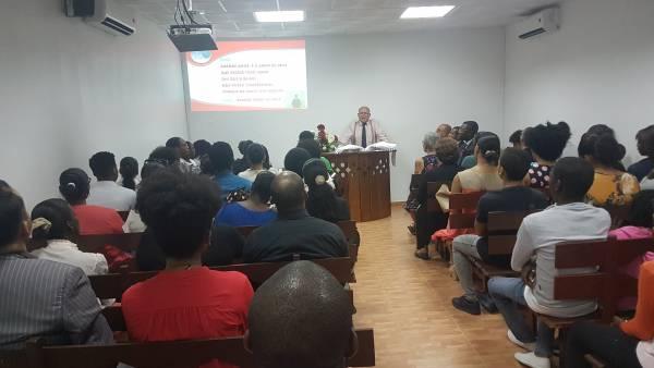 Ceia Mundial da Igreja Cristã Maranata - Participação das igrejas do Exterior - galerias/4555/thumbs/142icmluanda-angola.jpg