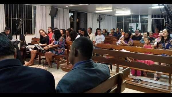 Reunião com os jovens e culto de especial em Itaboraí (RJ) - galerias/4583/thumbs/whatsapp-image-2018-07-29-at-174047.jpg