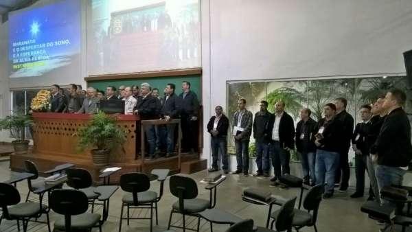 Reunião de Pastores, Ungidos, Pais e Professores - Maanaim de Maringá - PR - galerias/4592/thumbs/08.jpg
