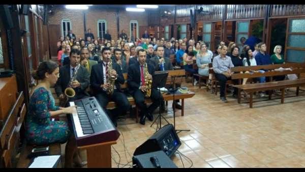 Culto de Glorificação pelos 25 anos da Corporação da Polícia Militar Ambiental de São Mateus (ES) - galerias/4620/thumbs/02.jpg