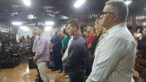 Culto de Glorificação pelos 25 anos da Corporação da Polícia Militar Ambiental de São Mateus (ES) - galerias/4620/thumbs/03.jpg