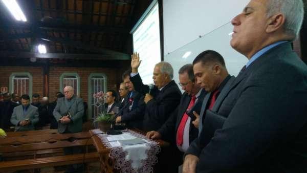 Culto de Glorificação pelos 25 anos da Corporação da Polícia Militar Ambiental de São Mateus (ES) - galerias/4620/thumbs/05.jpg