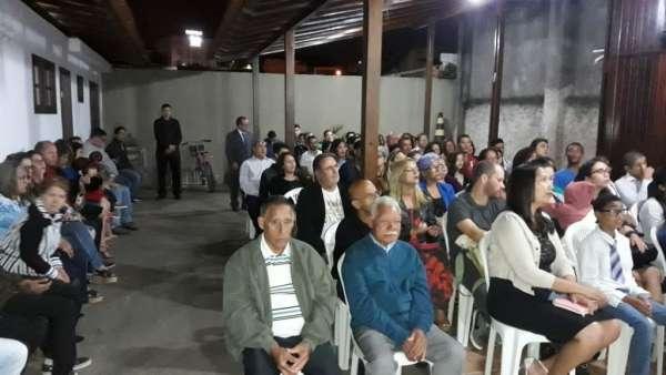 Culto de glorificação pelos 40 anos da ICM em Macaé - RJ - galerias/4651/thumbs/04.jpg