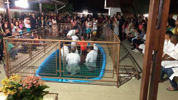 Programação especial - Pinheiros (ES) - galerias/4684/thumbs/07-programacaoespecial-pinheiroses-batismo.jpeg