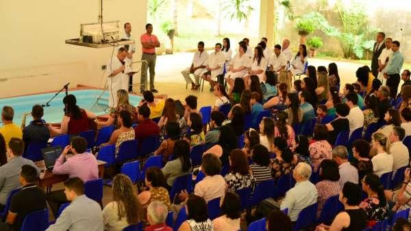 Batismos Igreja Cristã Maranata - 1ª semana de Novembro 2018 - galerias/4689/thumbs/14.jpg