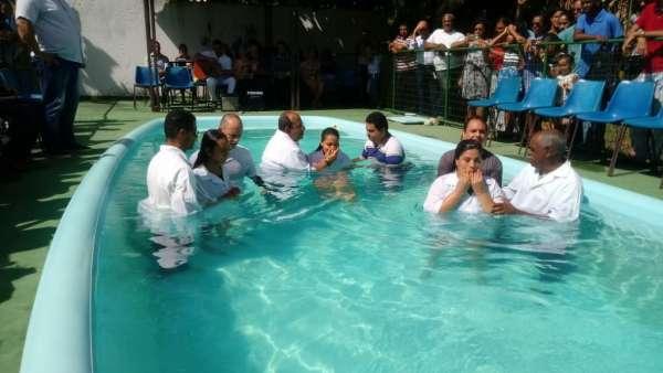 Batismos Igreja Cristã Maranata - 1ª semana de Novembro 2018 - galerias/4689/thumbs/20.jpg