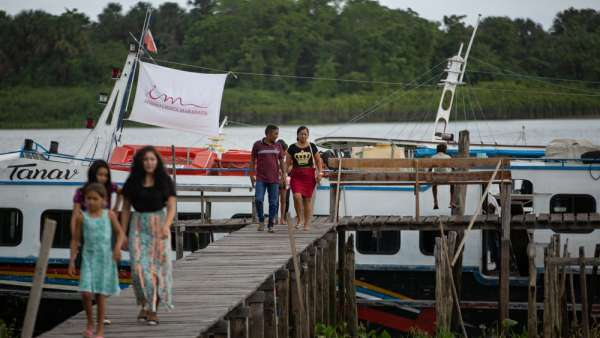6ª Missão Amazônia - Dia 2 - galerias/4702/thumbs/vila-capinal-10-2.jpg