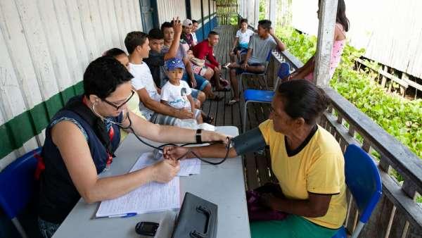 6ª Missão Amazônia - Dia 2 - galerias/4702/thumbs/vila-capinal-12-2.jpg