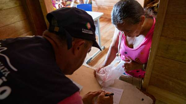 6ª Missão Amazônia - Dia 2 - galerias/4702/thumbs/vila-capinal-6-2.jpg