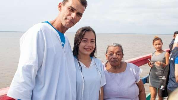 6ª Missão Amazônia - Dia 04 - galerias/4706/thumbs/formatfactorybagre---15.jpg