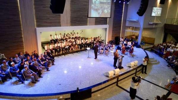 Culto Especial no Colégio Rubia Coelho - Governador Valadares (MG) - galerias/4716/thumbs/01governadorvaladares2311.jpg
