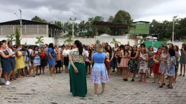 Reunião com Grupo de Louvor - Maanaim de Linhares (ES) - galerias/4721/thumbs/02linhares.jpg