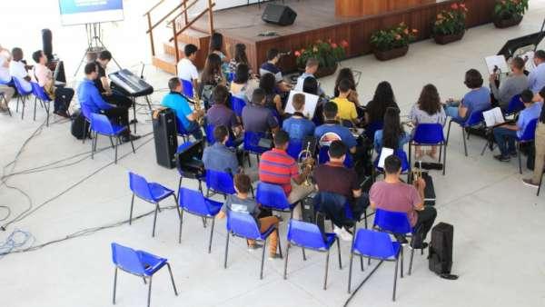 Reunião com Grupo de Louvor - Maanaim de Linhares (ES) - galerias/4721/thumbs/04linhares.jpg