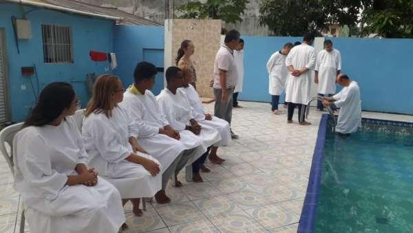 Batismos da Igreja Cristã Maranata - Novembro 2018 - galerias/4725/thumbs/07.jpg