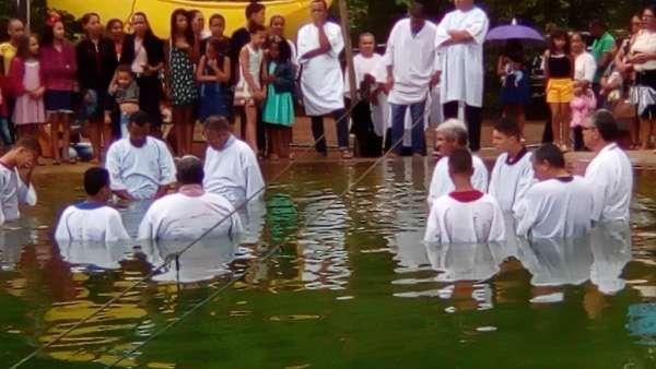 Batismos da Igreja Cristã Maranata - Novembro 2018 - galerias/4725/thumbs/12.jpg