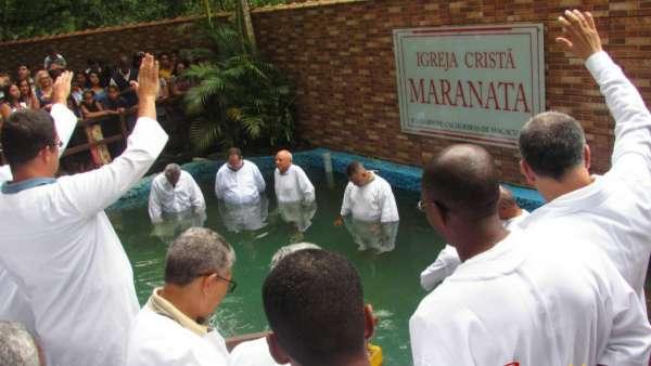 Cultos de Batismo - Dezembro 2018 - galerias/4741/thumbs/08macacu.jpg