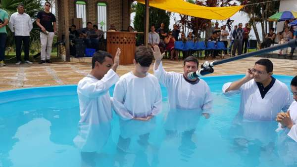 Cultos de Batismo - Dezembro 2018 - galerias/4741/thumbs/41aguasclaras.jpg