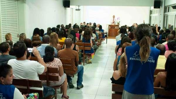 Evangelização - Comunidades da Rocinha e Parque da Cidade (RJ) - galerias/4756/thumbs/whatsapp-image-2019-01-14-at-220223-1.jpeg