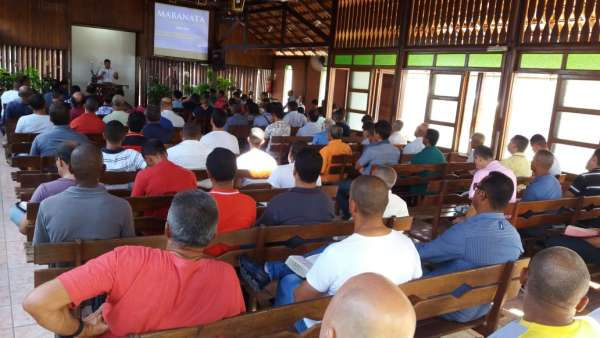 Reunião de Obreiros e Batismo - Feira de Santana (BA) - galerias/4783/thumbs/01reconcavofeiradesantana.jpeg