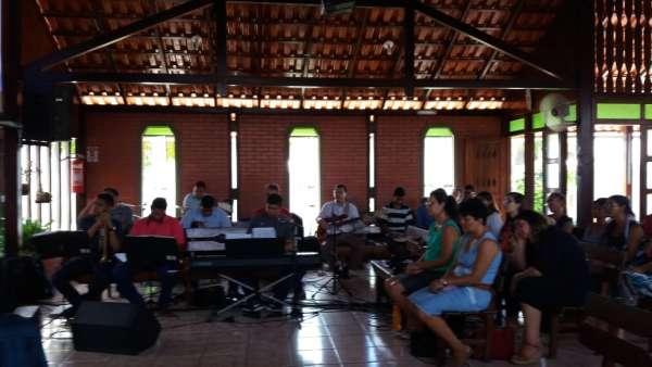 Reunião de Obreiros e Batismo - Feira de Santana (BA) - galerias/4783/thumbs/03reconcavofeiradesantana.jpeg