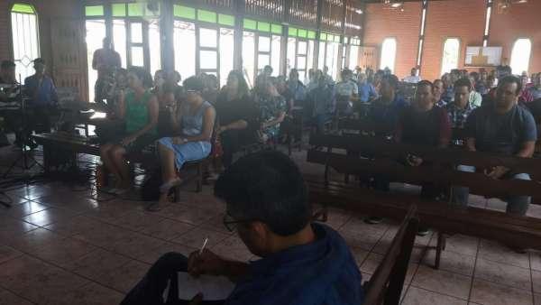 Reunião de Obreiros e Batismo - Feira de Santana (BA) - galerias/4783/thumbs/04reconcavofeiradesantana.jpeg