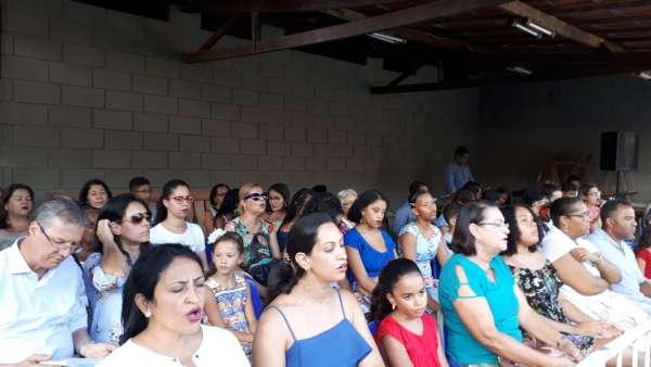 Reunião de Obreiros e Batismo - Feira de Santana (BA) - galerias/4783/thumbs/07batismo.jpeg
