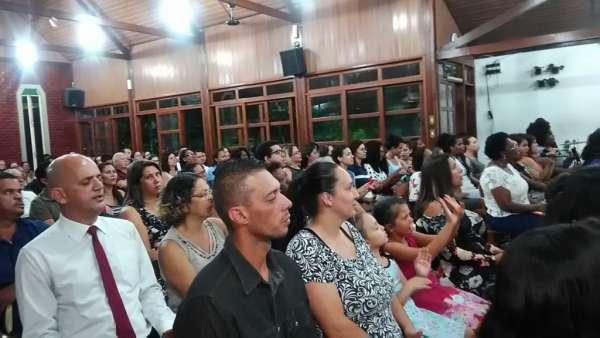 Aniversário de 11 anos da ICM Ponte Rosa I, São Paulo - galerias/4792/thumbs/06ponterasa.jpg