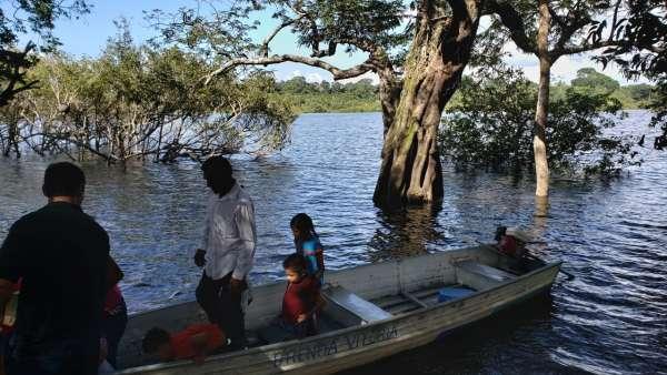 ICM de Manaus realiza assistência em Comunidade Ribeirinha de São José  - galerias/4794/thumbs/20mauesam.jpeg