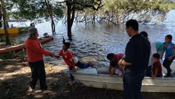 ICM de Manaus realiza assistência em Comunidade Ribeirinha de São José  - galerias/4794/thumbs/24mauesam.jpeg