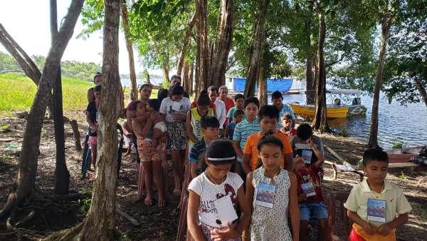 ICM de Manaus realiza assistência em Comunidade Ribeirinha de São José  - galerias/4794/thumbs/25mauesam.jpeg