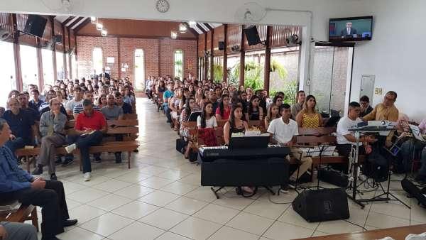 Reuniões de Jovens - Montes Claros (MG) e Volta Redonda (RJ) - galerias/4797/thumbs/07voltaredonda.jpeg